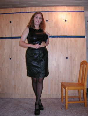 Maneva bdsm escorts in Massillon